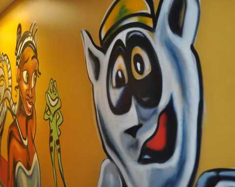 Atlanta art murals are wonderful ways to pull the decorations of your child's room together - this image has a Disney theme for your kids art mural